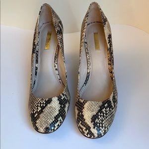 Louise et Cie snakeskin heels 11